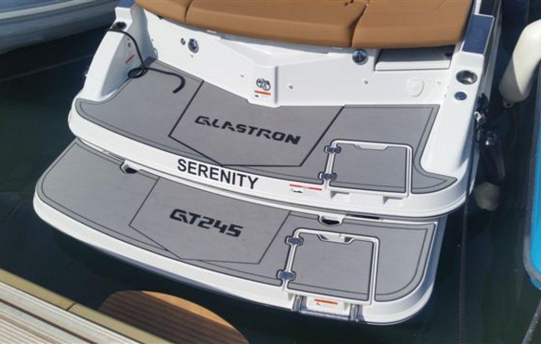 Serenity - Glastron GT 245