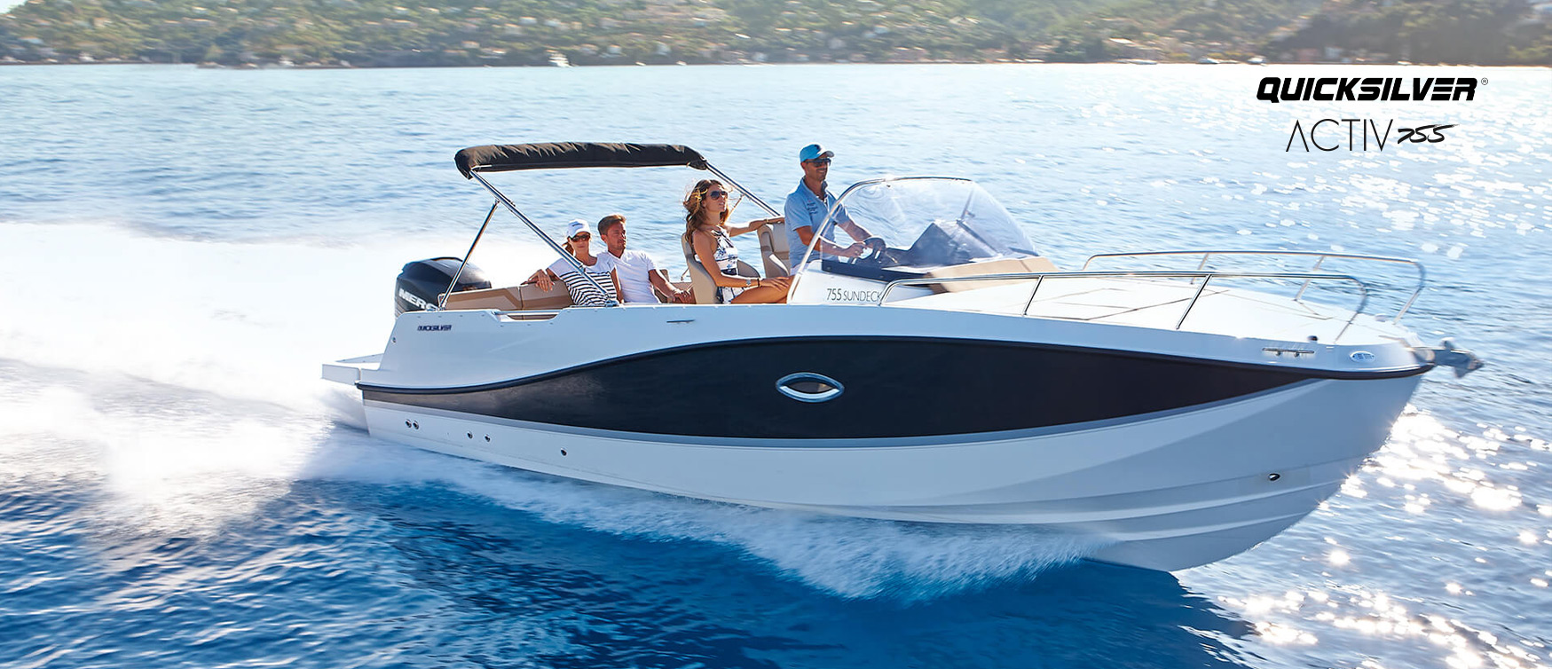 New Quicksilver Activ 755 Sundeck